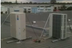 Commercial-Outdoor-Units-on-Roof