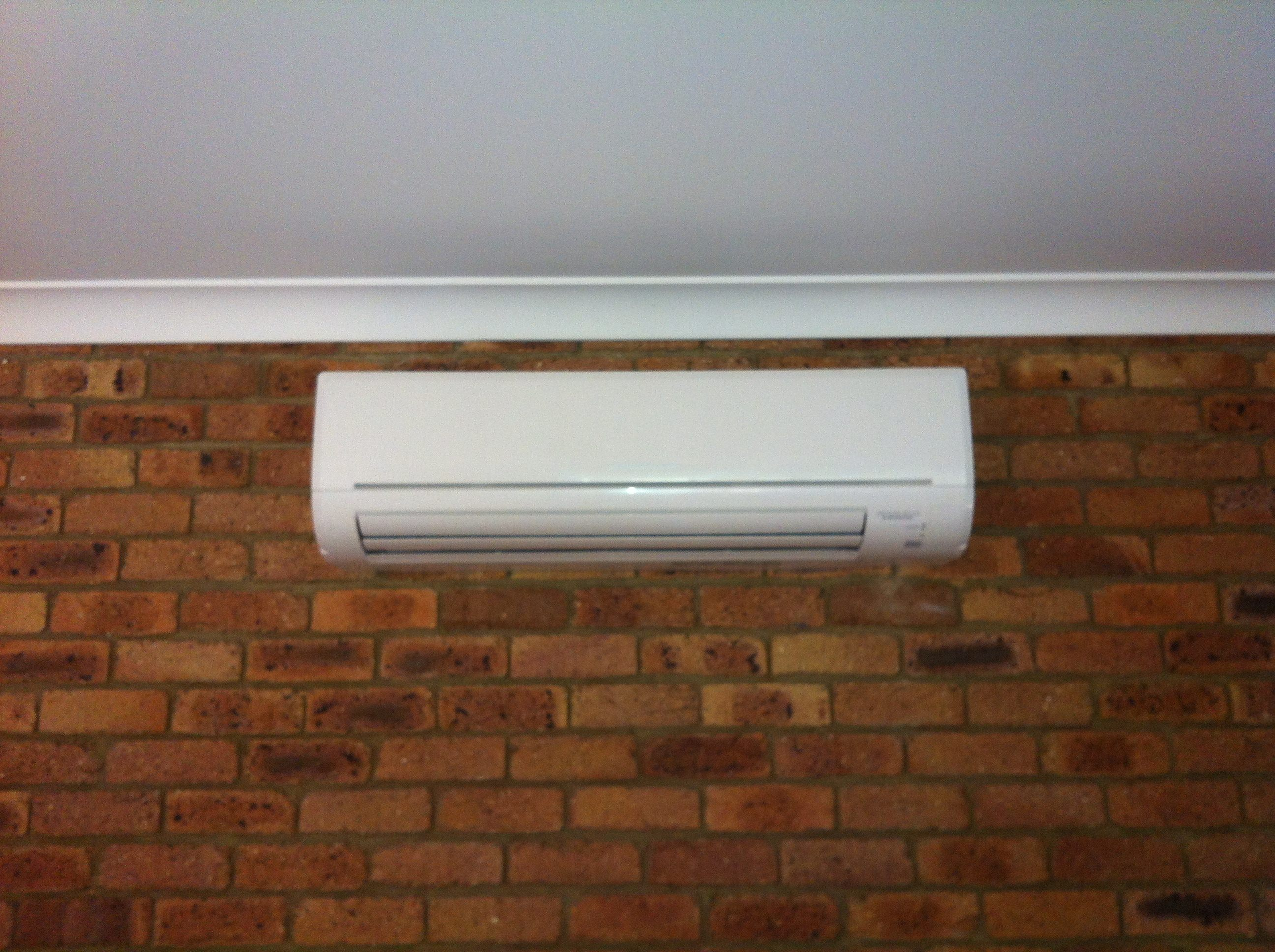 air conditioning options. 1) single split system air conditioning units options