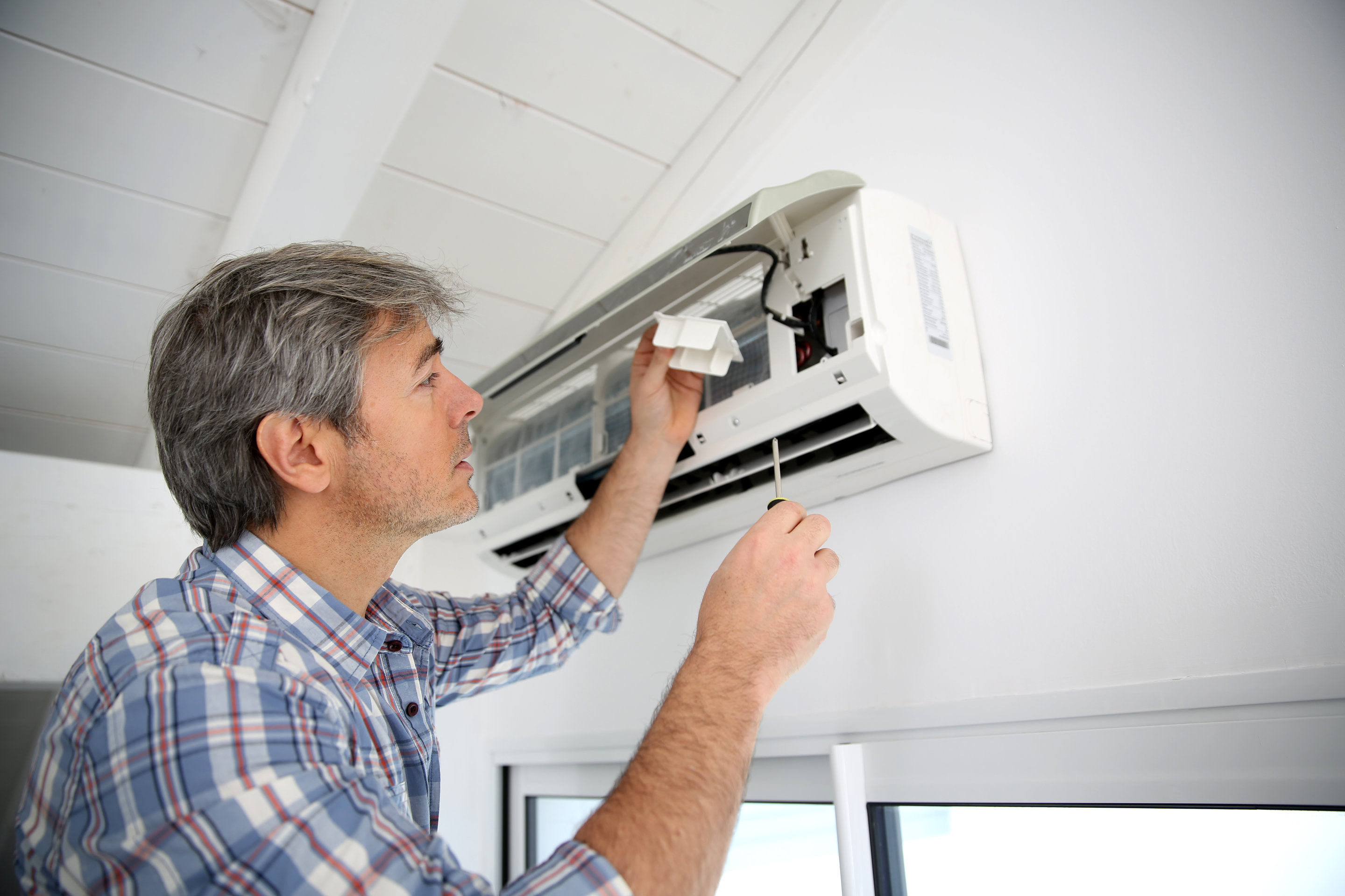 diy air conditioner maintenance for the summer - brisbane air
